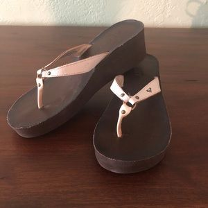 Roxy wedge flip flops 10